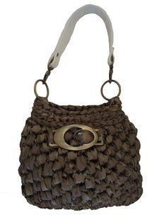 Crochet bag - satin fabric yarn #trapillo #fettuccia