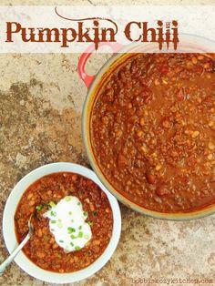 Bobbi's Kozy Kitchen: Pumpkin Chili for a #FallFood #SundaySupper