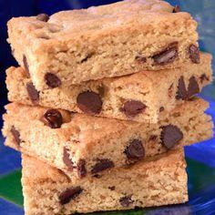 bar cooki, blonde brownie desserts, browniesbarsblondi recip, blond browniessooo, sweet
