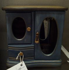 Vintage Refurbed Hand Painted Jewelry Box Chic by RococoCatStudio, $72.00