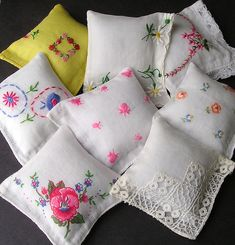 old homes, upcycl project, sew, vintag hanki, pincushions, vintage hankie crafts, vintage handkerchiefs, upcycling, bags