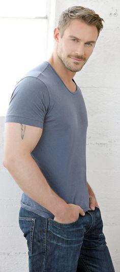 this man, jessie pavelka, gym motivation, jessi pavelka, jeans, blond, hot, black, shirt