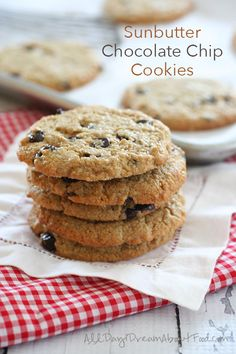 Low Carb Sunbutter Chocolate Chip Cookies - nut-free