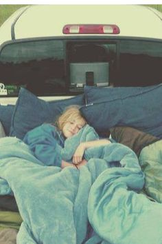fill the back of a truck with pillows and blankets then drive out to nowhere to sleep under the stars