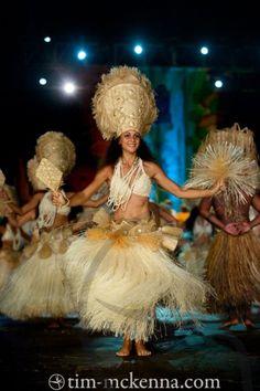 Tahitit fete performance.