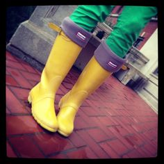 Rain + #Baylor campus = cute fashion!