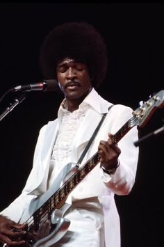 Larry Graham-this man has some ridiculously awesome skills