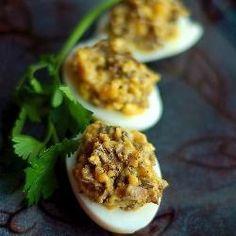 Jajka faszerowane pieczarkami z cebulą @Allrecipes.pl http://allrecipes.pl/przepis/7001/jajka-faszerowane-pieczarkami-z-cebul-.aspx