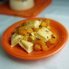Cheese Ravioli with Butternut Squash and Sage Browned Butter #fallrecipes #squash #sage