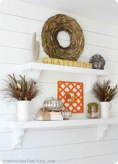 Thanksgiving Shelf Decor #falldecoratingideas #thanksgivingdecor #fallshelfdecor #houseofsmiths