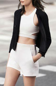Via Modern and Classy | Black and White | Sporty | Minimal Chic Fashion