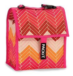 PackIt Freezable Lunch Bag with Adjustable Strap, Chevron Pink : Amazon.com : Kitchen & Dining