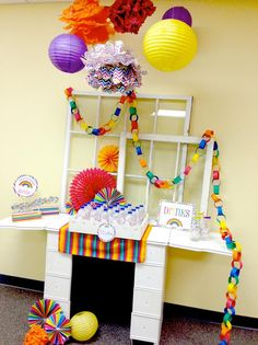 Rainbow Loom Crafting Birthday Party #party #create #fun #colors #ideas