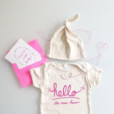 Hello I'm New Here Baby Gift Set (pink)