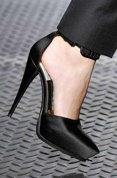 Lanvin Black Ankle Strap Sandal #Shoes RTW #Fashion #Heels