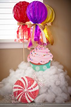 Willy Wonka Party Decorations - Lookie Loo Photography - Suzanne Plant