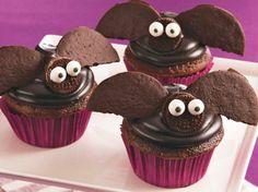 Flying Bat Cupcakes
