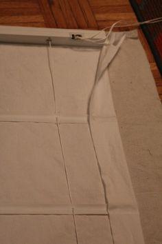 DIY No-Sew Roman Shades using miniblinds.