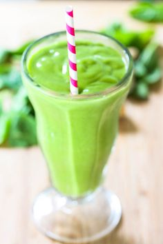 """The Ultimate Spinach Smoothie {""""popeye went on vacation to thailand""""}"""