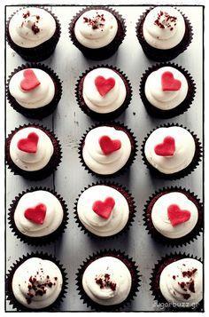 Sugar Buzz: Red velvet cupcakes Valentines Day Cupcakes Tons of Valentines Day Party Ideas and Recipes @ www.partyz.co !