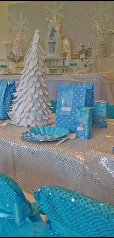 Disney Frozen Birthday Party table! See more party ideas at CatchMyParty.com!