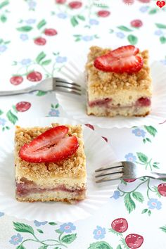 Fresh Strawberry Coffee Cake is perfect for breakfast or any time (Diamonds for Dessert)