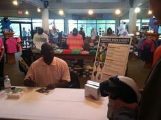Sterling Sharpe signing autographs at the Jones course #RBCHeritage