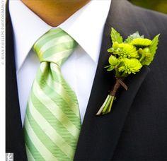 Love the green tie.