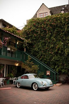 The Olden Days. Porsche in blue