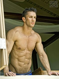Jerrad Swodeck, male fitness model | © David Vance ► davidvanceprints.com