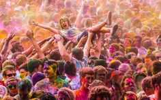 Live In The Moment | 8 Steps To Surviving A Color Festival