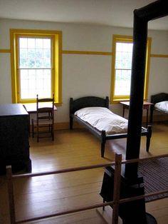 shaker kids, yellow windows
