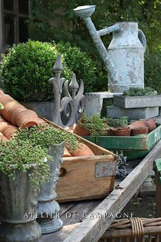 Potting area for gardeners