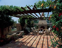 Tuscan courtyard on pinterest courtyards tuscan style for Tuscan courtyard landscaping
