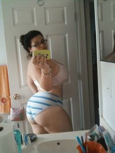 1000+ images about Selfies on Pinterest | Embedded image ...
