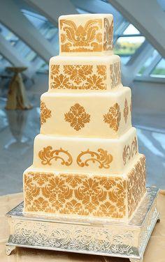 white and gold damask cake #wedding
