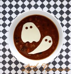 Ghost Chili Halloween dinner: just cut slices of white cheese to lay over top