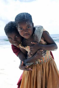 Zanzibari little girls, Uroa.