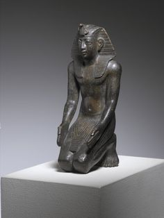 Statue of Necho II at the Brooklyn Museum. Necho II was a king of the Twenty-sixth dynasty of Egypt (610 BC-595 BC). In the Bible The Book of Kings states that Necho met King Josiah of the Kingdom of Judah at Megiddo and killed him (2 Kings 23:29).  The Book of Chronicles (2 Chronicles 35:20-27) also gives an account of his death. The 2 Chronicles 35:20 states that when Josiah had prepared the temple, Necho king of Egypt came up to fight against the Babylonians at Carchemish.