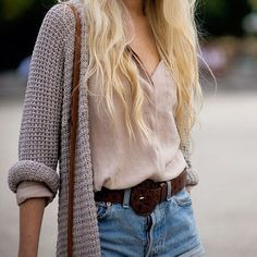 Cute relaxed sweater look. So excited for sweater weather!