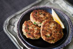 Tuna fish patties >>> high protein, low carb, low sugar
