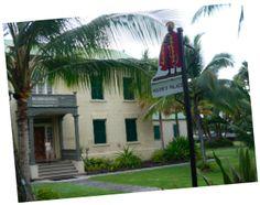 Kailua-Kona, The Palace.
