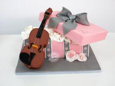 Cake box violin