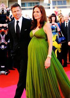 #the glow of awaiting twins  green dresses #2dayslook #green style #greenfashion  www.2dayslook.com