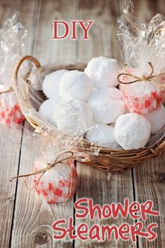DIY Shower Steamers for colds #oilyfamilies
