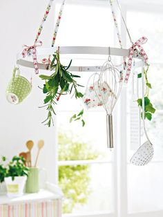 cute way to hang utensils