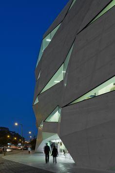 Vodafone Headquarters — Barbosa & Guimarães architects, Porto, Portugal