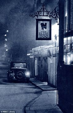 "Photographers John Morrison & Harold Burdekin: ""London Night"", published 1934.      Via Royal Borough of Kensington and Chelsea Library Service"
