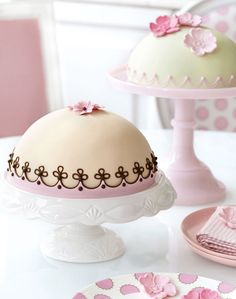 Peggy Porschen's Raspberry Dome Cake. #food #cakes #Easter #wedding