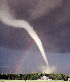 yikes twister, sky, crazy photos, weather, funny photos, beauty, storm, tornado, rainbow